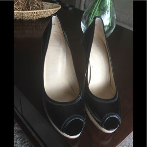 Authentic Stuart weitzman Patent Platform pumps